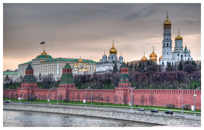 Moscow-the-Kremlin-Wall